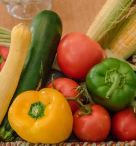 fresh-vegetables-close-up- peppers-tomatoes-and-squash