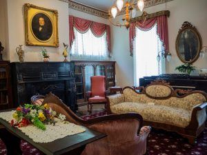 Governor Duncan Mansion parlor