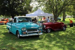 Vintage cars at Jacksonville's Community Park car show for annual Cruise Nite